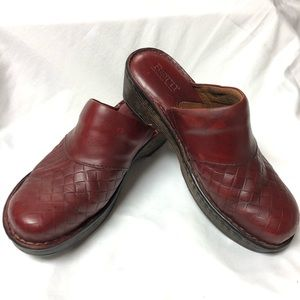 Red Born clogs 7.5